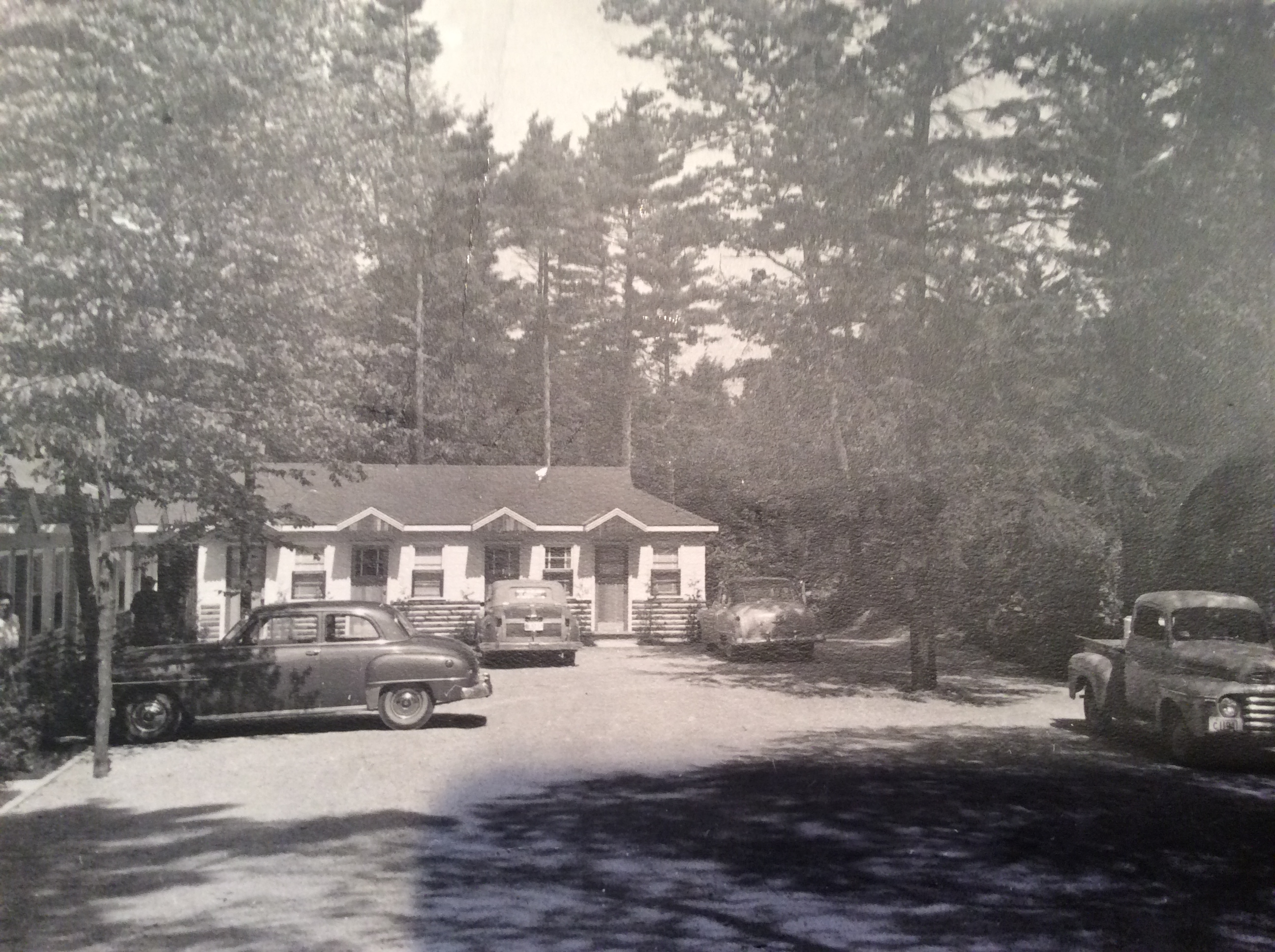 Blue Water Motel picture 1950s